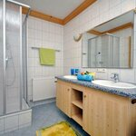 Photo of apartment/3 bedrooms/shower,bath tube,WC